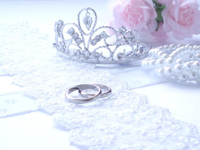 ティアラ指輪